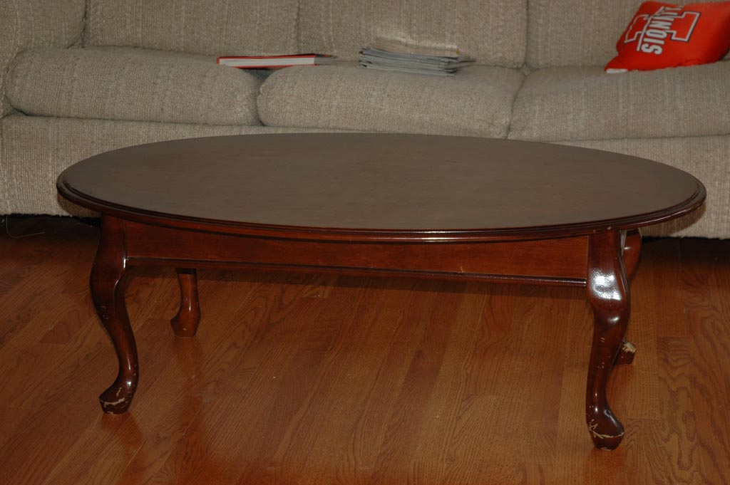 Antique oval coffee table coffee table design ideas Wood oval coffee table