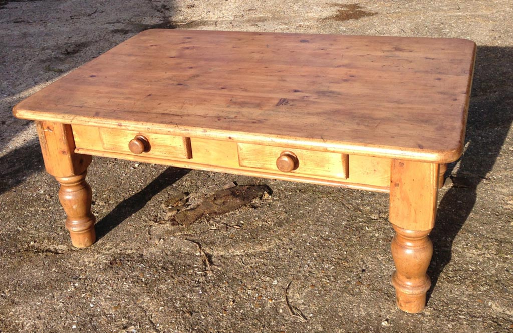 Antique pine coffee table coffee table design ideas for Pine coffee table