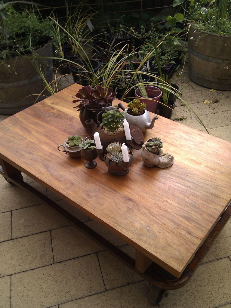 Large Outdoo Coffee Table
