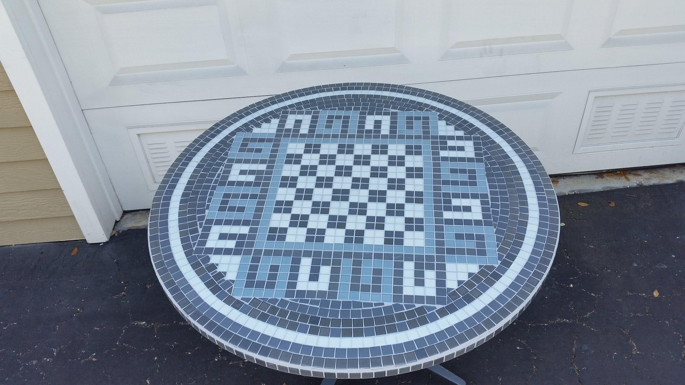 Mosaic Tile Coffee Table DIY