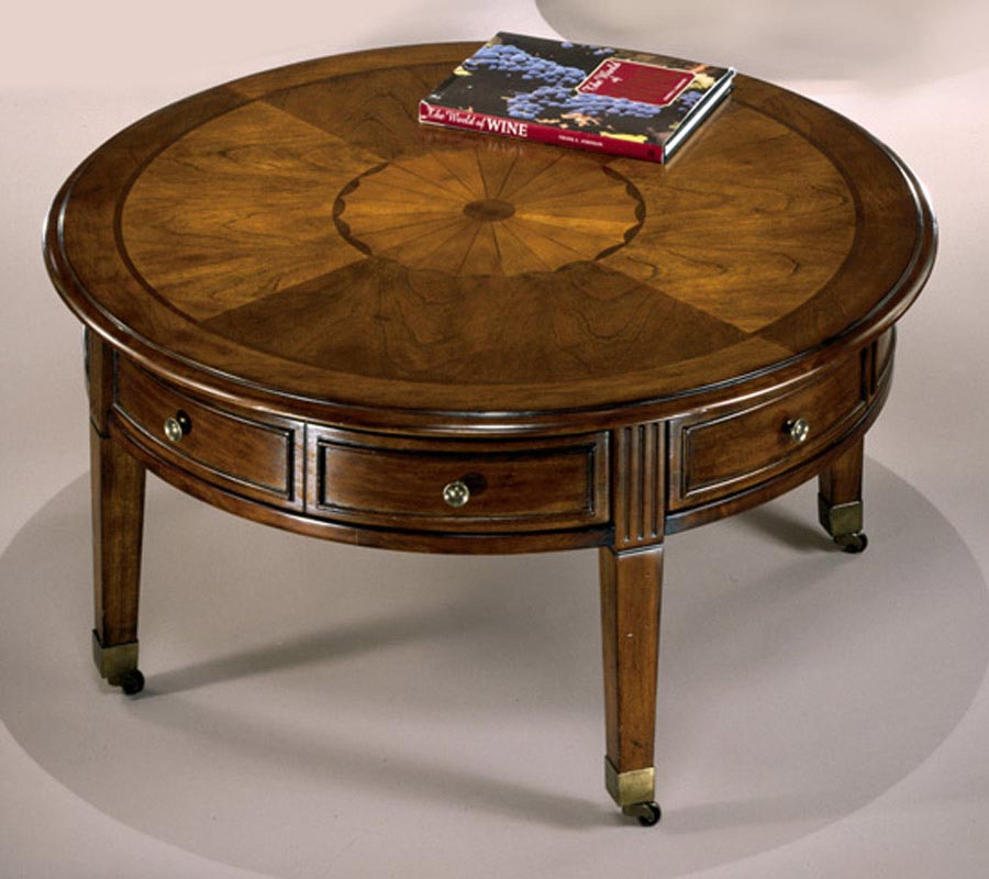 Antique Round Leather Top Coffee Table: Round Vintage Coffee Table