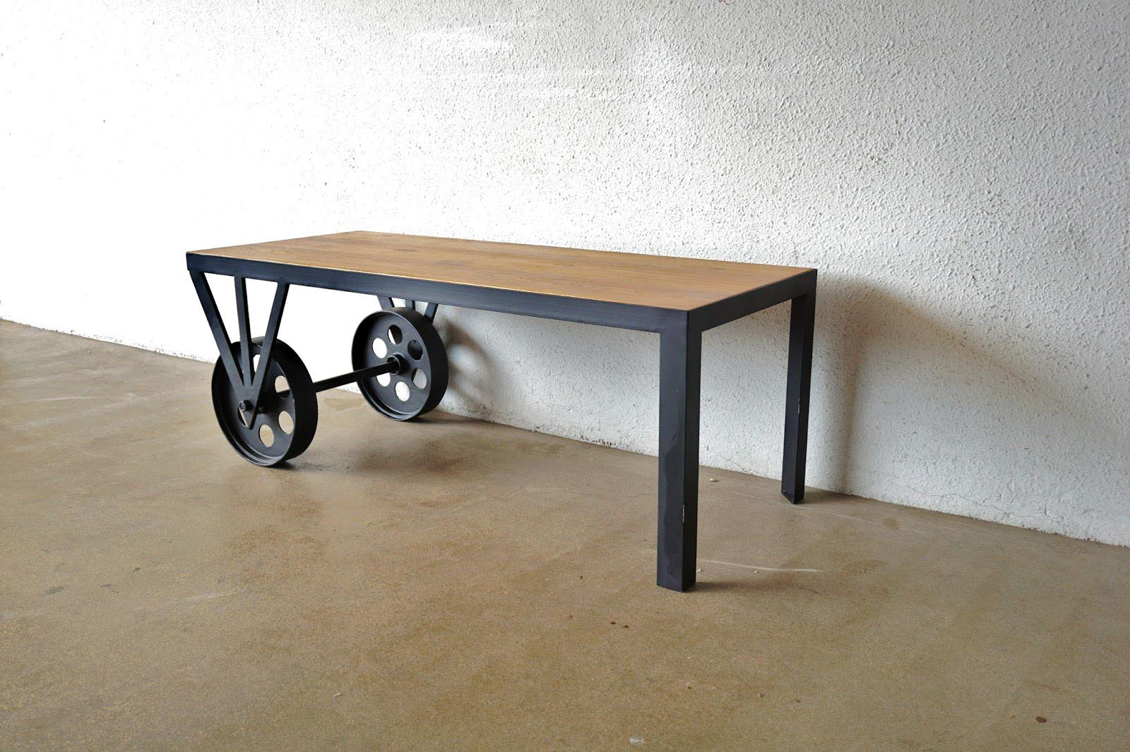 Coffee table wheels industrial coffee table design ideas for Coffee tables on wheels