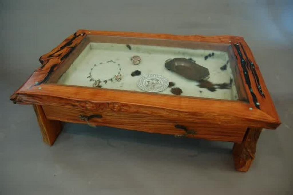 Top Coffee Table With Gl Display Case