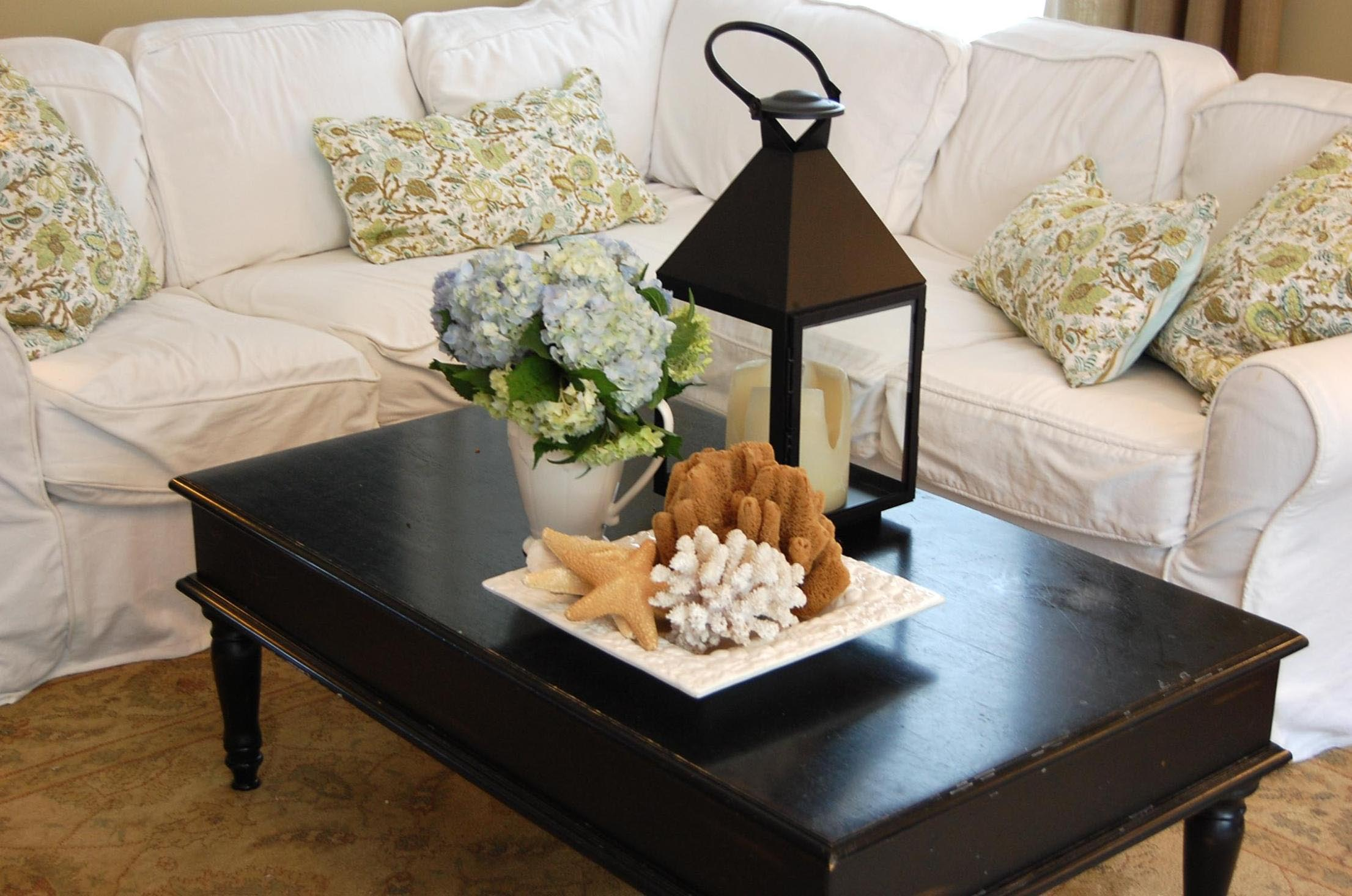 Cool Centerpieces for Coffee Tables