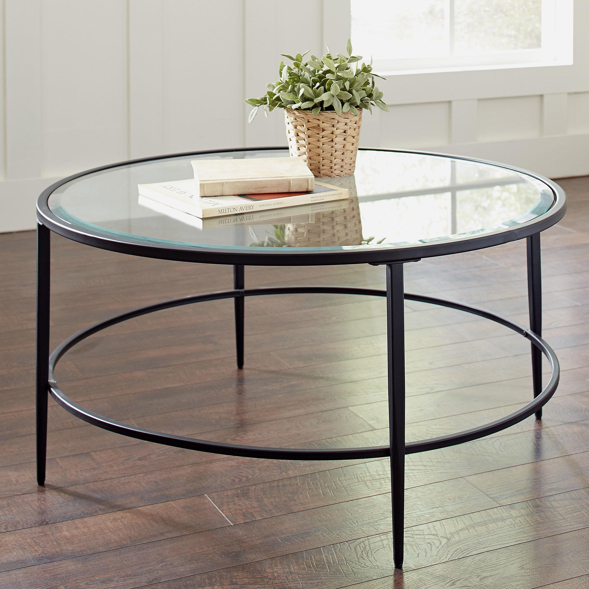 Circle coffee table significant element of the for Contemporary glass top coffee table