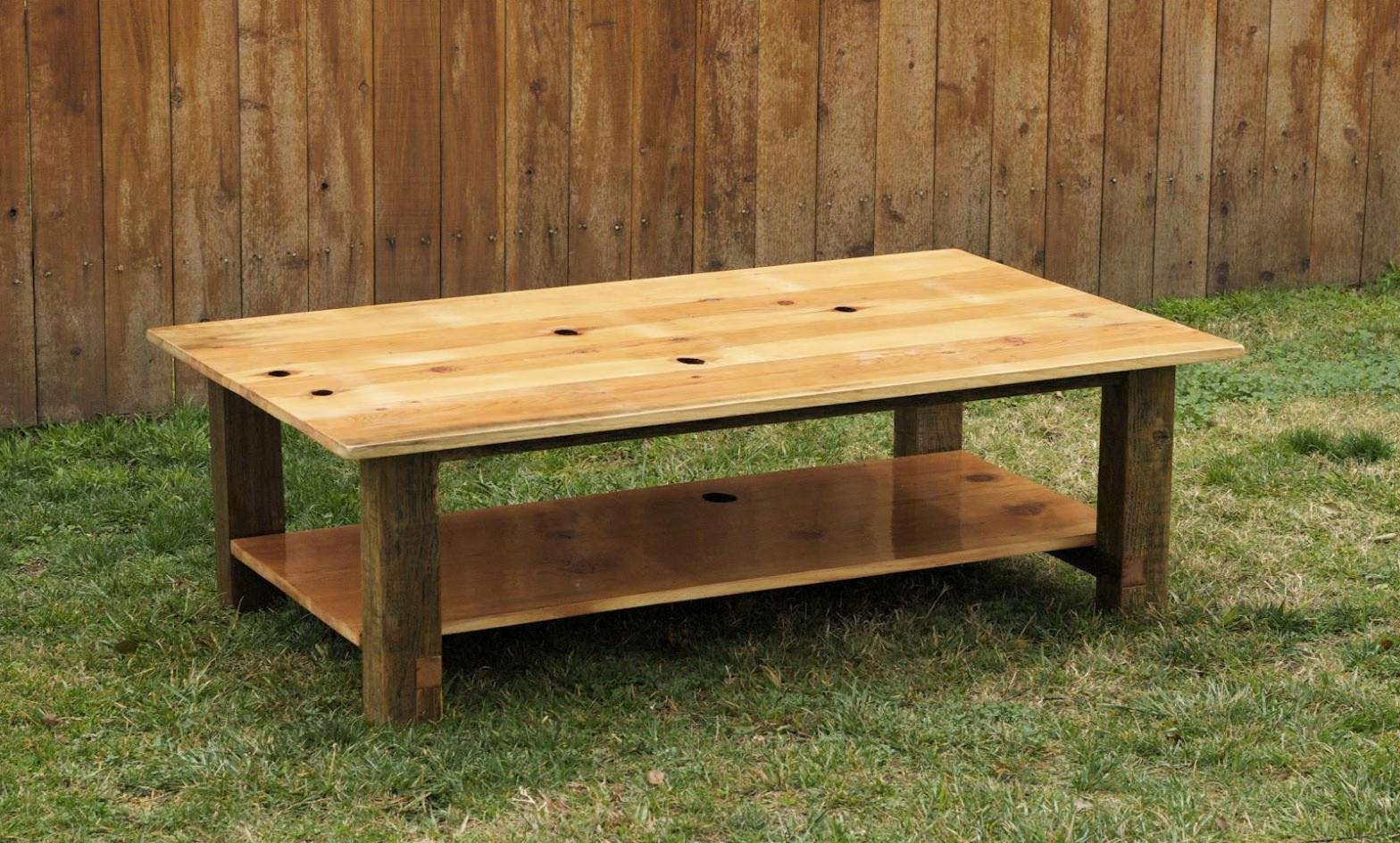 Knotty pine coffee table design ideas