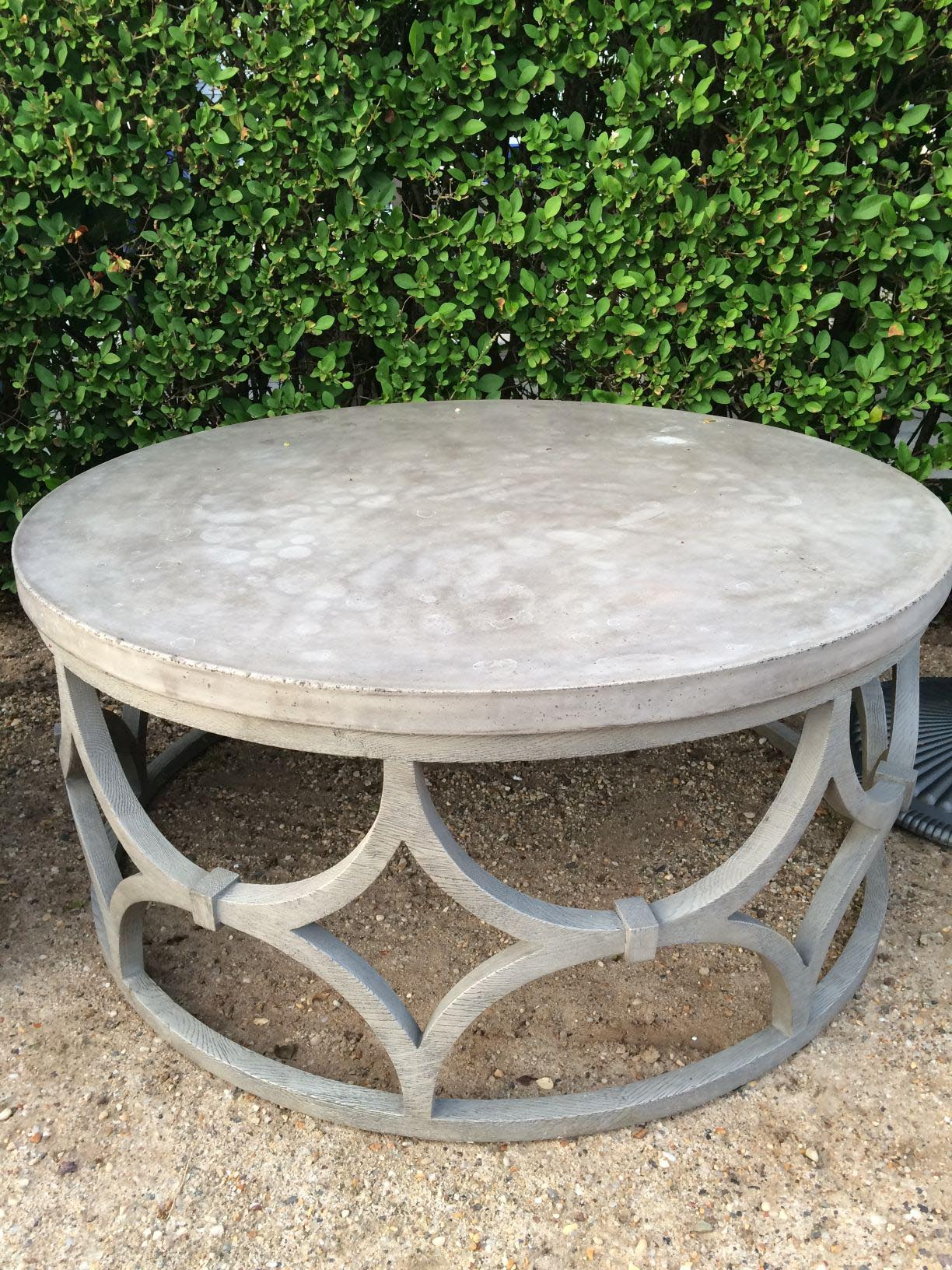 Round Outdoor Coffee Table